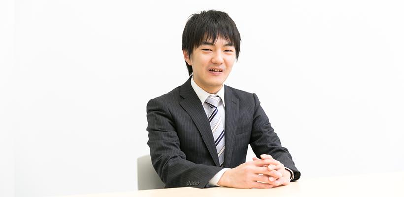 社員インタビューメインの日吉の画像です。